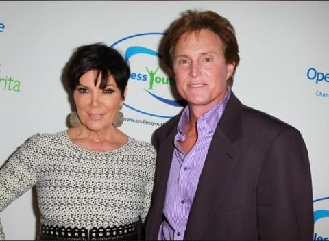News video: Bruce Jenner Gets Highlights And Argues With Kris Jenner During Hair Appointment!