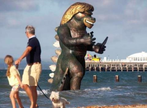 News video: Giant Sea Monster Statue Shocks Residents